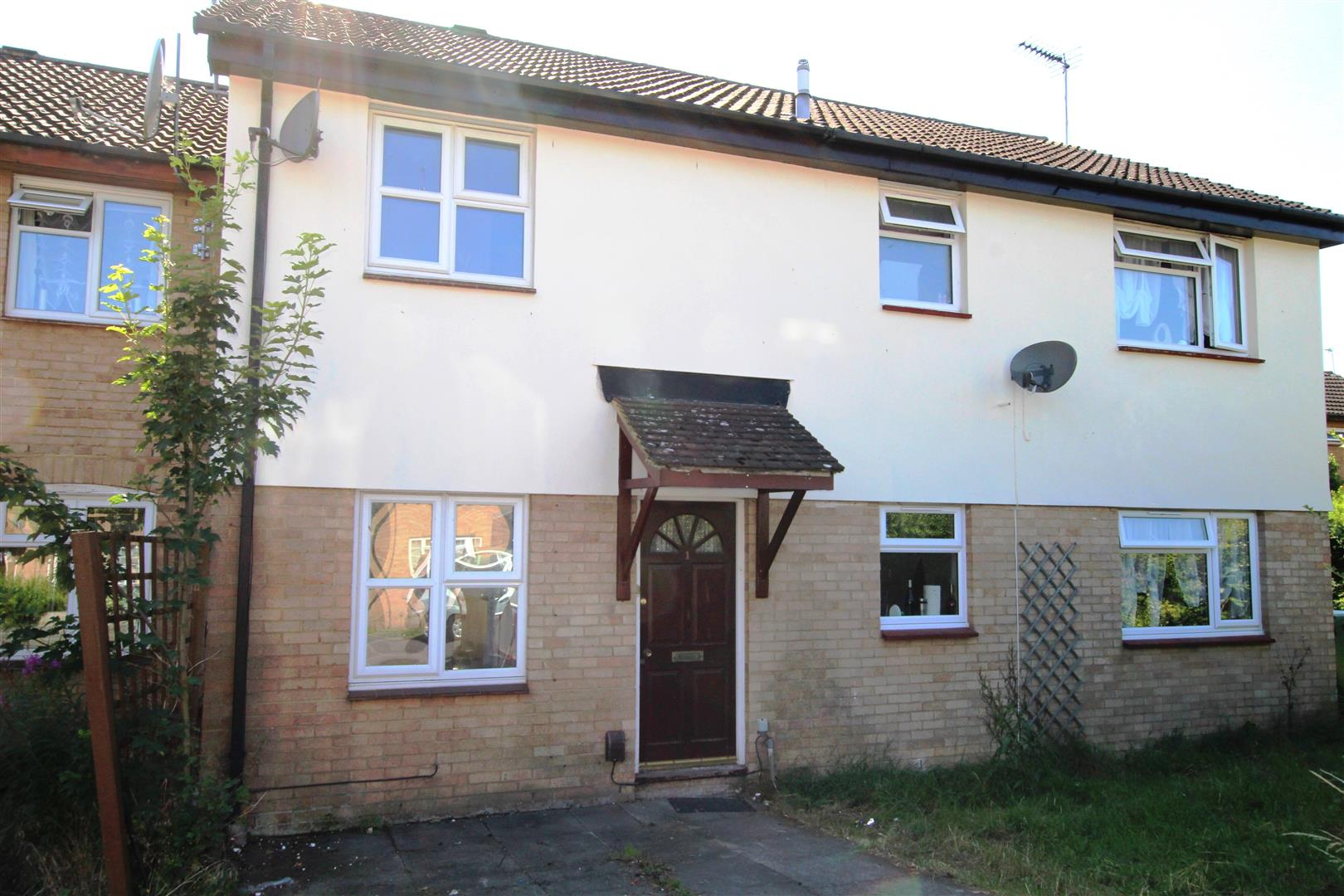 3 Bedrooms Terraced House for sale in Gilpin Close, Houghton Regis